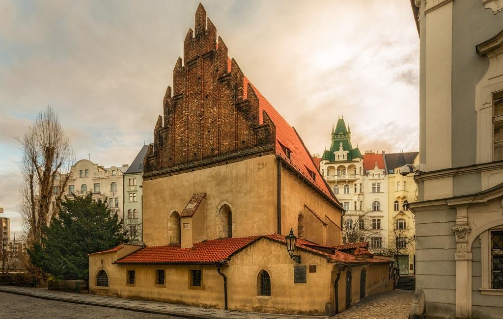 Достопримечательности Праги - Староновая синагога