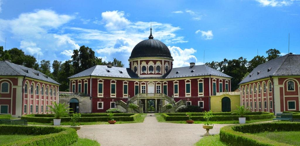 Достопримечательности Праги - Замок Вельтрусы