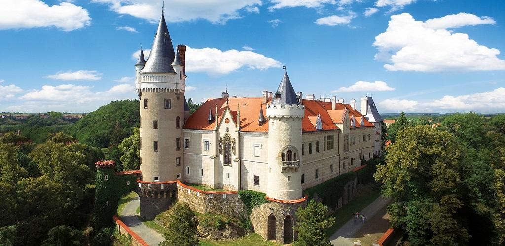 Достопримечательности Праги - Замок Жлебы