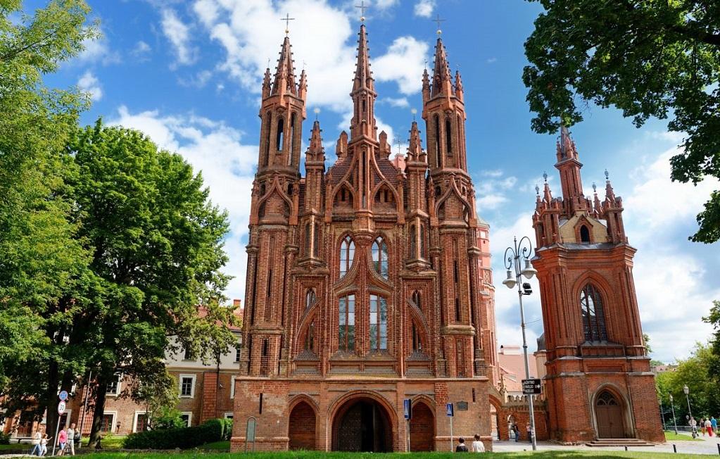 Достопримечательности Вильнюса - Костел Святой Анны