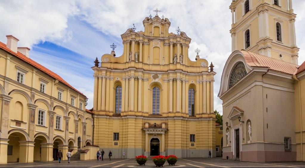 Достопримечательности Вильнюса - Костел Святых Иоаннов