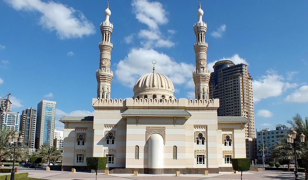 Достопримечательности Шарджи - Мечеть Аль Маджаз