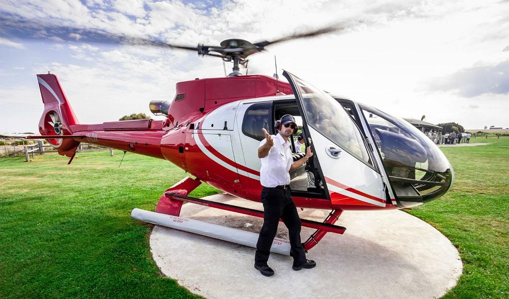 Обзорная экскурсия на вертолете в Санкт-Петербурге