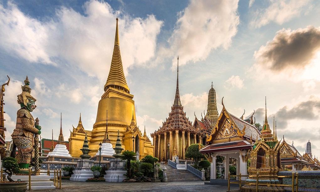 Достопримечательности Бангкока - Храм Изумрудного Будды (Ват Пхра Кео)