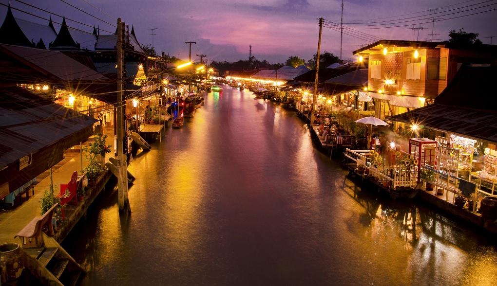 Достопримечательности Бангкока - Плавучий рынок Amphawa Floating Market