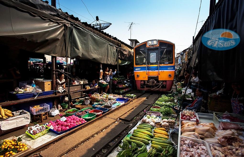 Достопримечательности Бангкока - Рынок на железной дороге Меклонг
