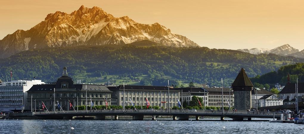 Экскурсия из Цюриха по Швейцарии на русском языке