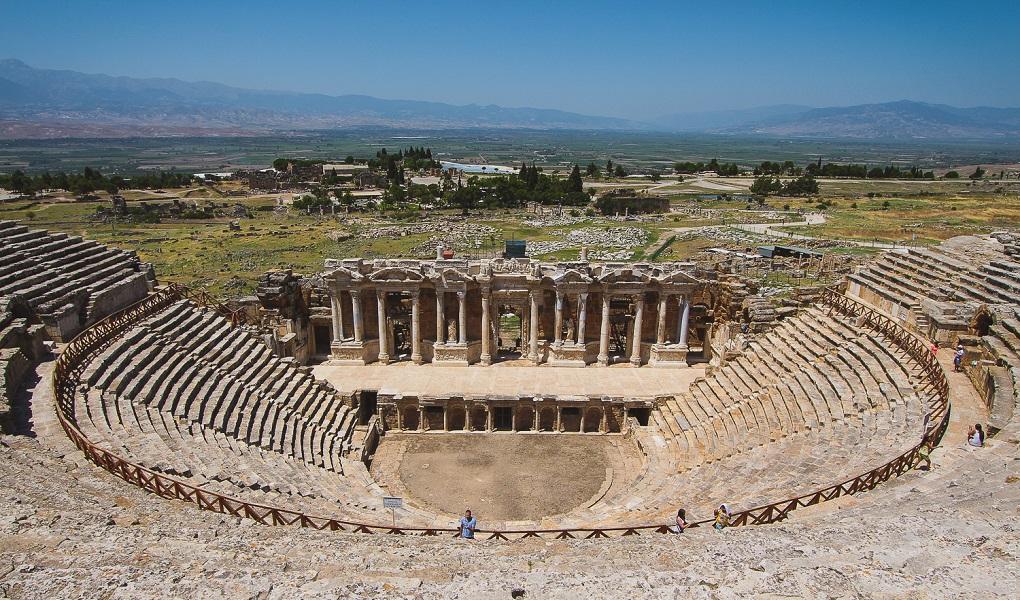 Античный Иераполис - экскурсия в Памуккале из Кемера