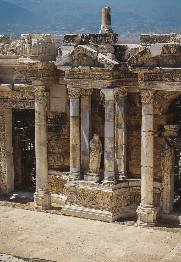 Античный Иераполис - экскурсия в Памуккале из Алании