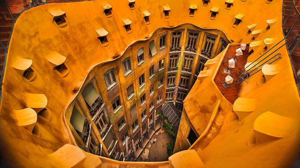 Необычные экскурсии по Барселоне