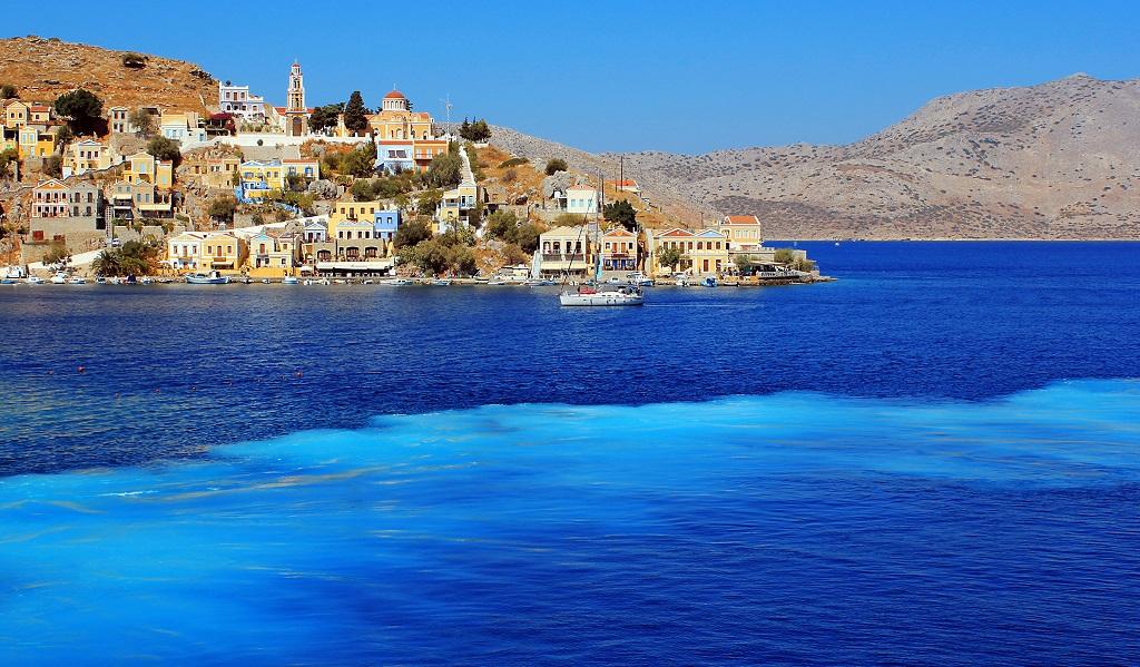 Эгейское море остров Сими Греция