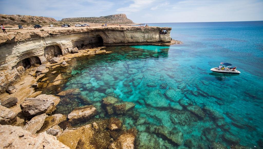 морские пещеры мыса каво греко
