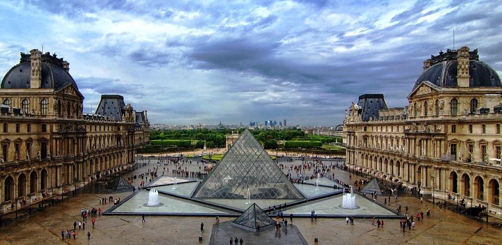 Групповые экскурсии по Лувру
