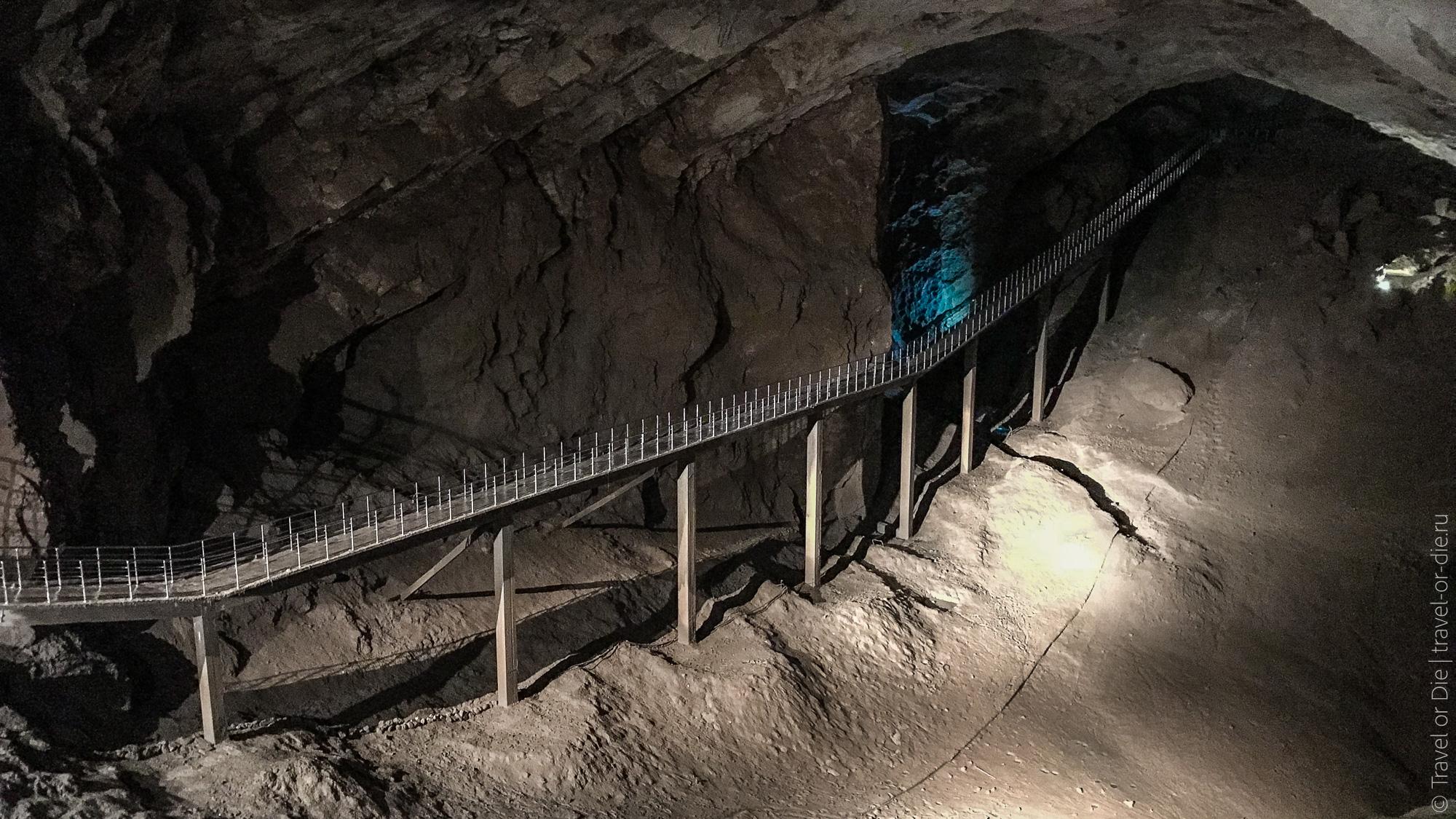 достопримечательности Абхазии - Новоафонская пещера в Новом Афоне
