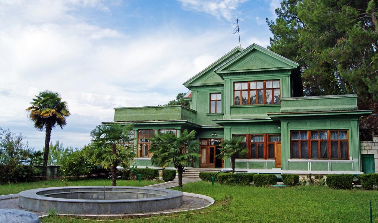 достопримечательности абхазии - Дачи Сталина в Абхазии