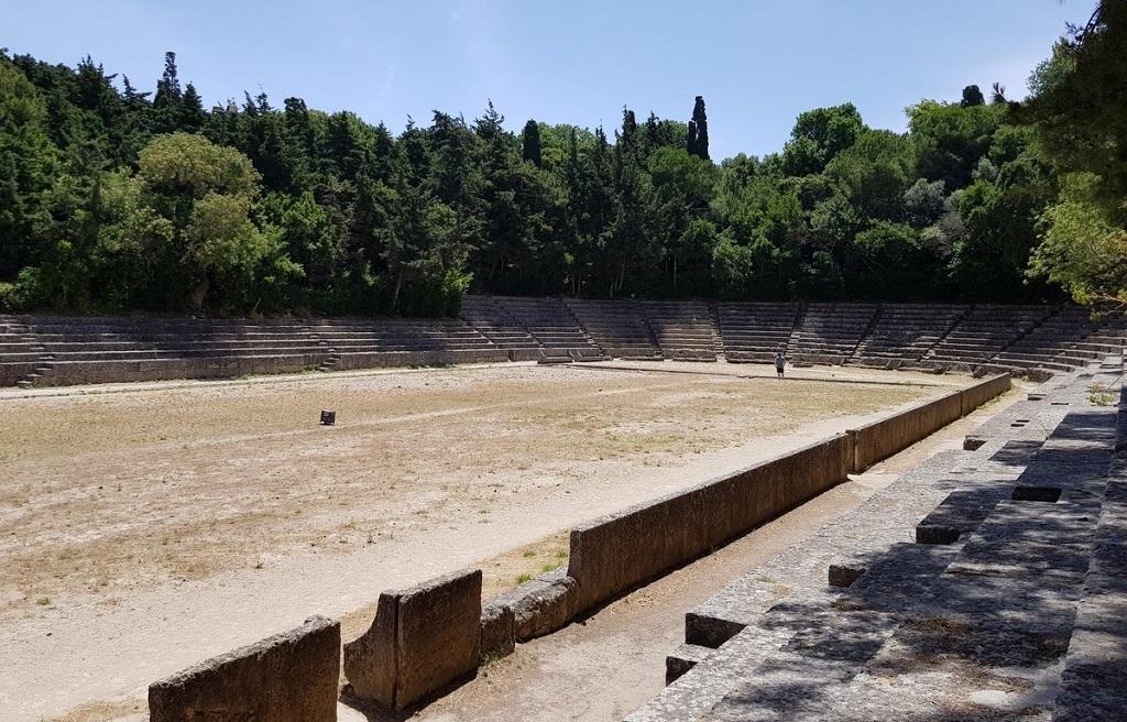 Античный стадион в Родосе