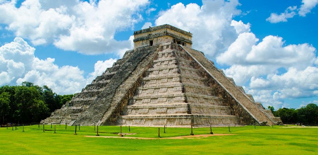 Экскурсии из Канкуна в Чичен-Ицу, Кобу, Тулум и сенот Ик-Киль