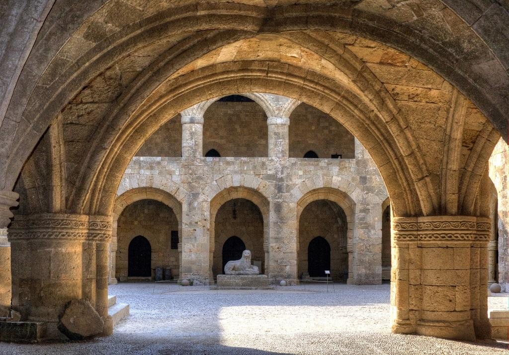 достопримечательности родоса - Археологический музей Родоса
