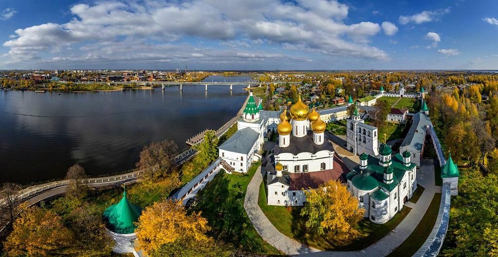 Лучшие обзорные экскурсии по Костроме