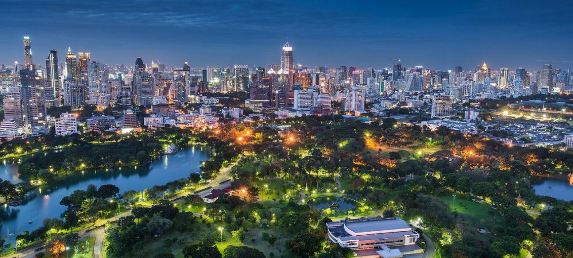 Парки Бангкока развлекательные, с аттракционами и для прогулок