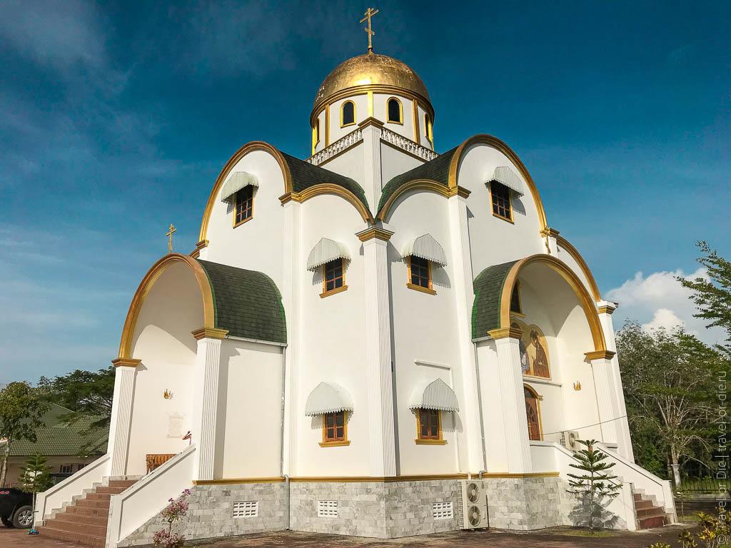 Храм Святой Троицы на Пхукете