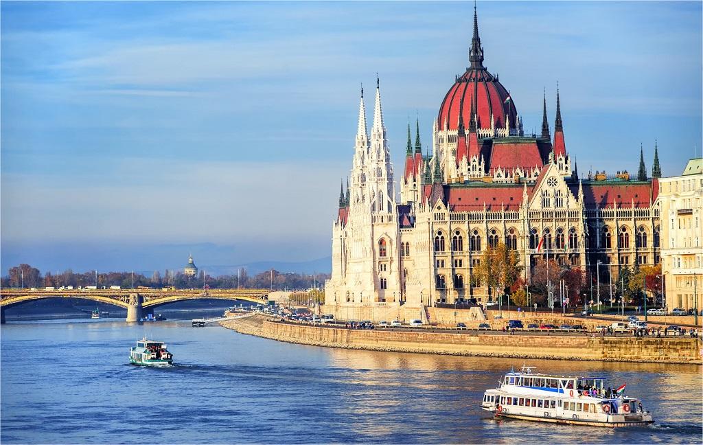 Обзорный круиз по Дунаю
