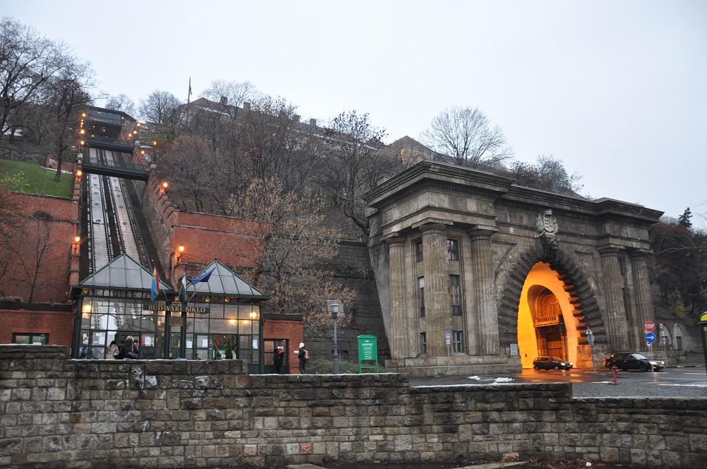 Достопримечательности Будапешта - Будайский фуникулёр