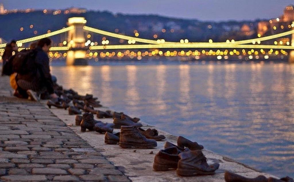 Достопримечательности Будапешта - Туфли на набережной Дуная