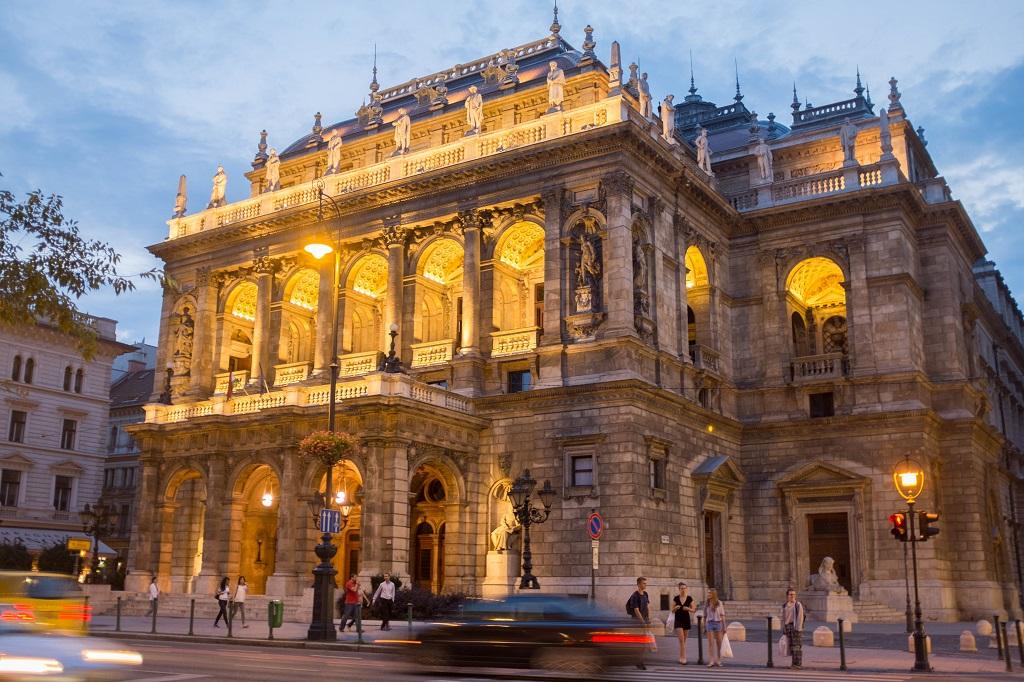 Достопримечательности Будапешта - Венгерский оперный театр