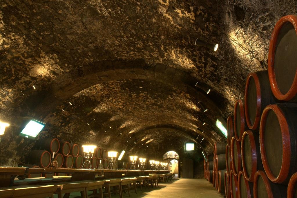 Достопримечательности Будапешта - Винный погреб Фауста