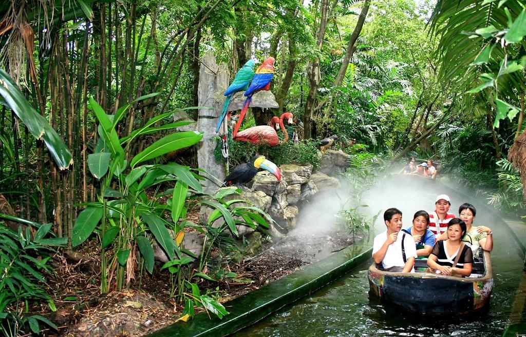 Сафари Ворлд в Бангкоке прогулка на лодке