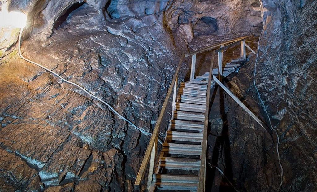 достопримечательности алтая Талдинские пещеры