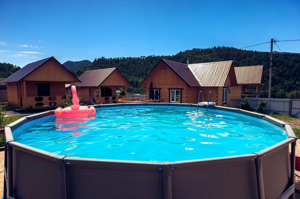 лучшие базы чемала с бассейном - Усадьба Голубые горы