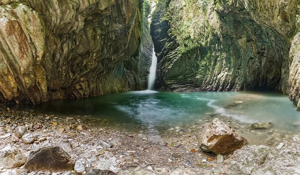 Природные достопримечательности Сочи - Свирское ущелье