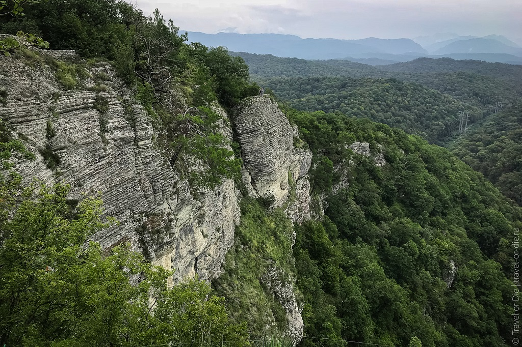 природные достопримечательности Сочи - Орлиные скалы и статуя Прометея