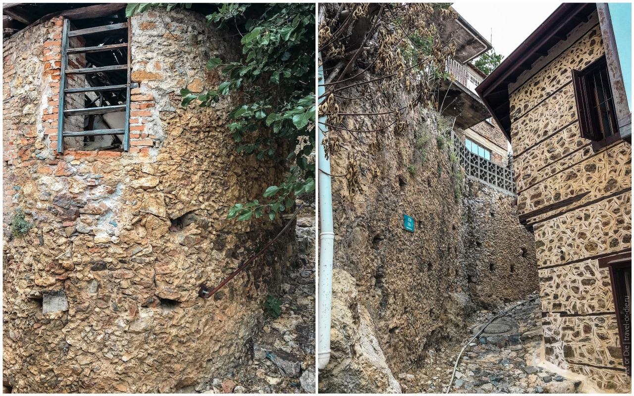 развалины домов крепости в алании