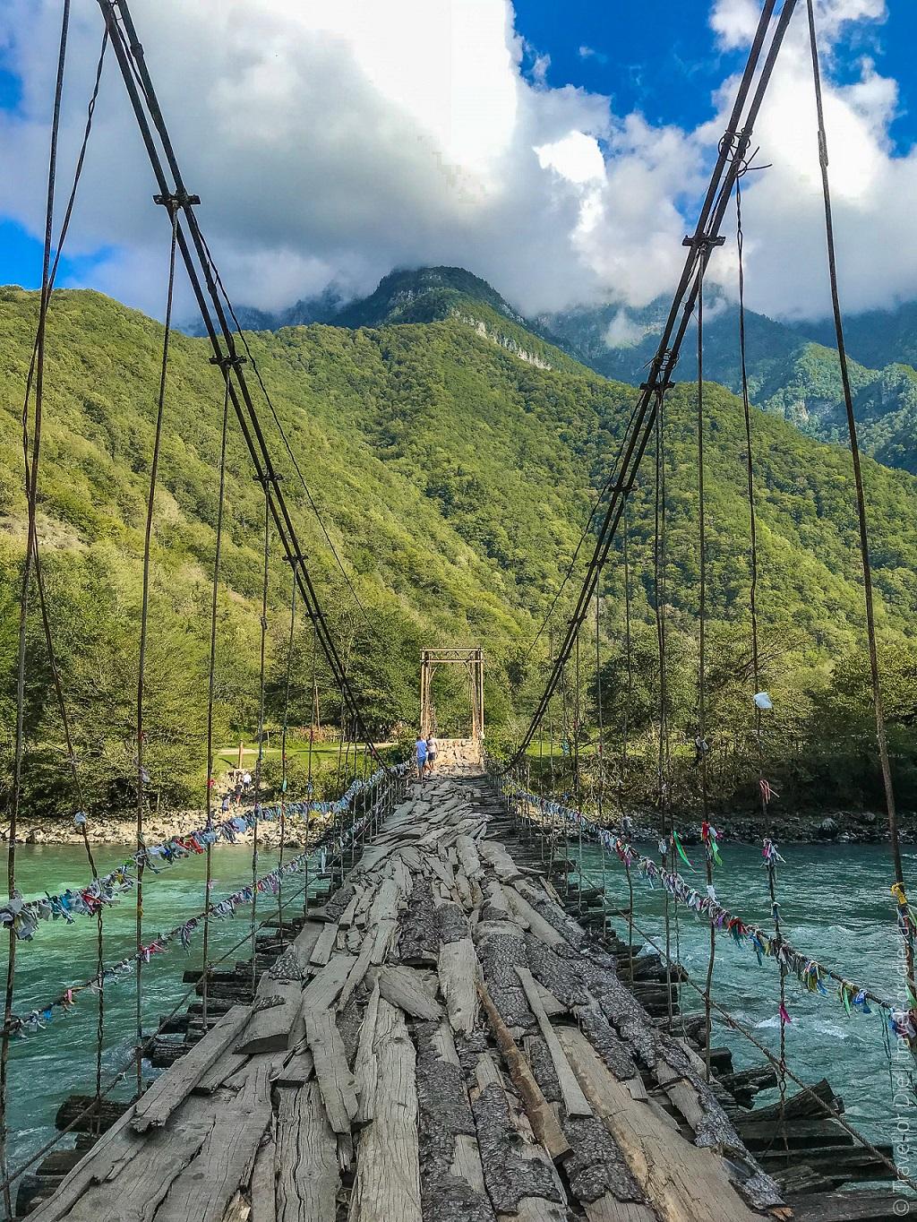 дорога на дачу сталина в абхазии мост через бзыбь