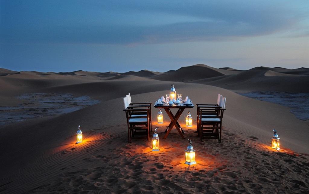 Ужин в пустыне Дубая
