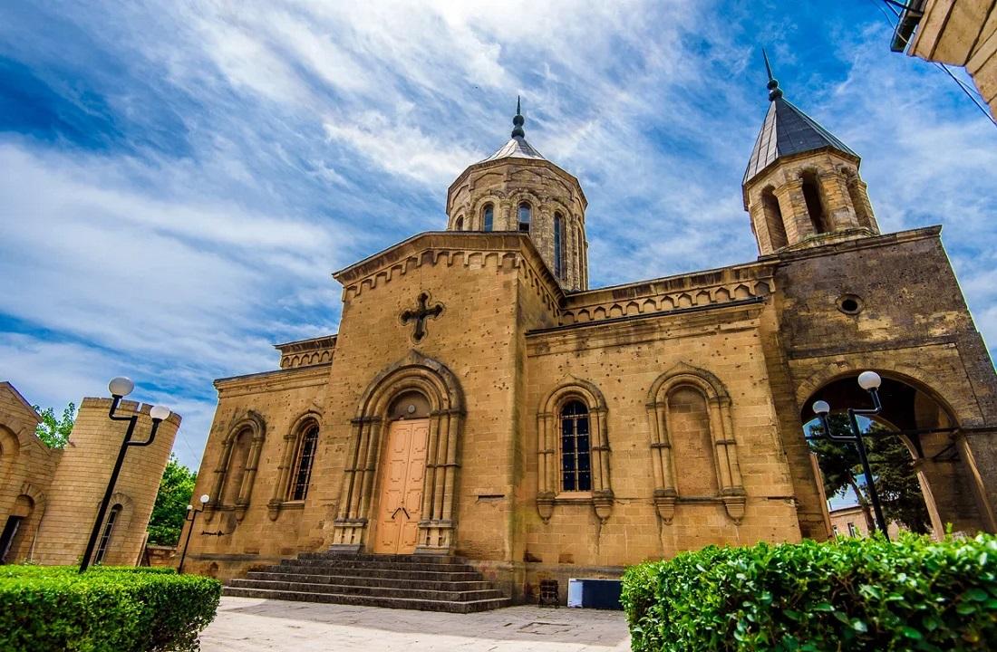 Что вы увидите во время экскурсии из Махачкалы в Дербент - Армянская церковь