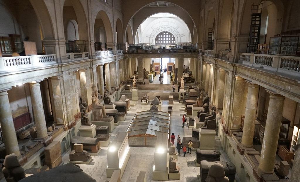 Экскурсии из Хургады на пирамиды - Египетский музей