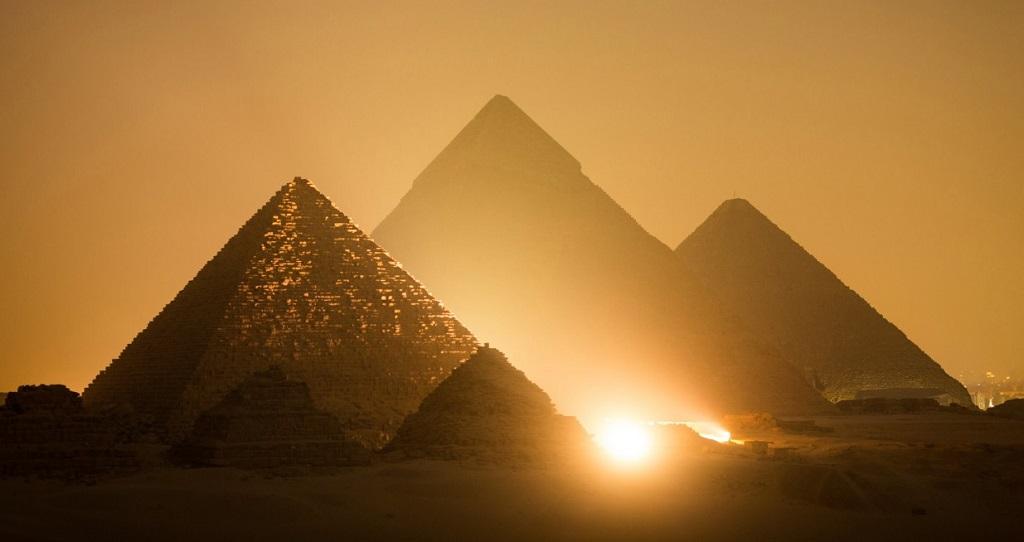 Экскурсии из Хургады на пирамиды - Пирамиды Гизы