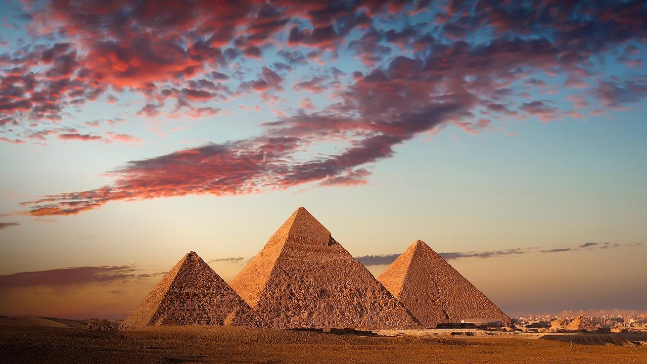 Экскурсии на пирамиды из Шарм-эль-Шейха на автобусе и самолёте