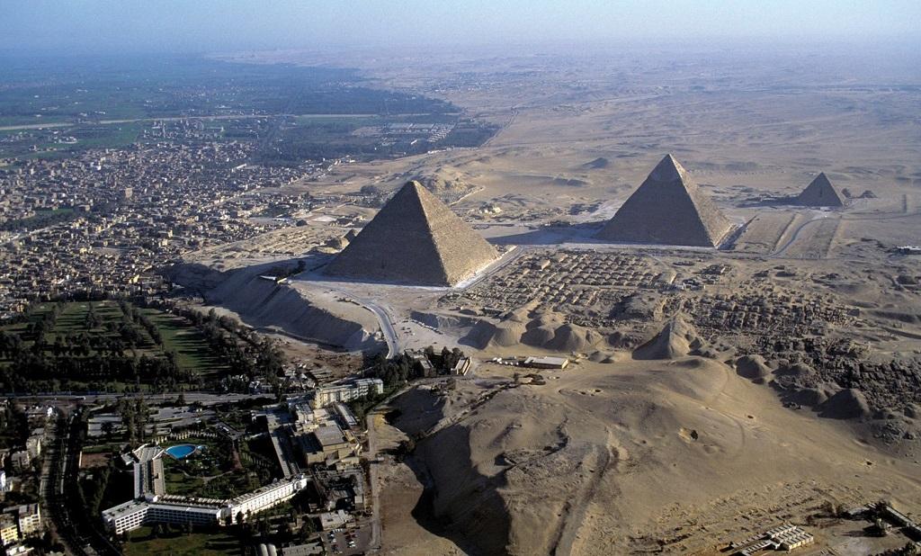 Экскурсии на пирамиды из Шарм-эль-Шейха на самолёте