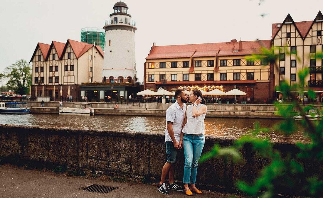 Лучшие места для фотосессий в Калининграде - маяк в рыбной деревне