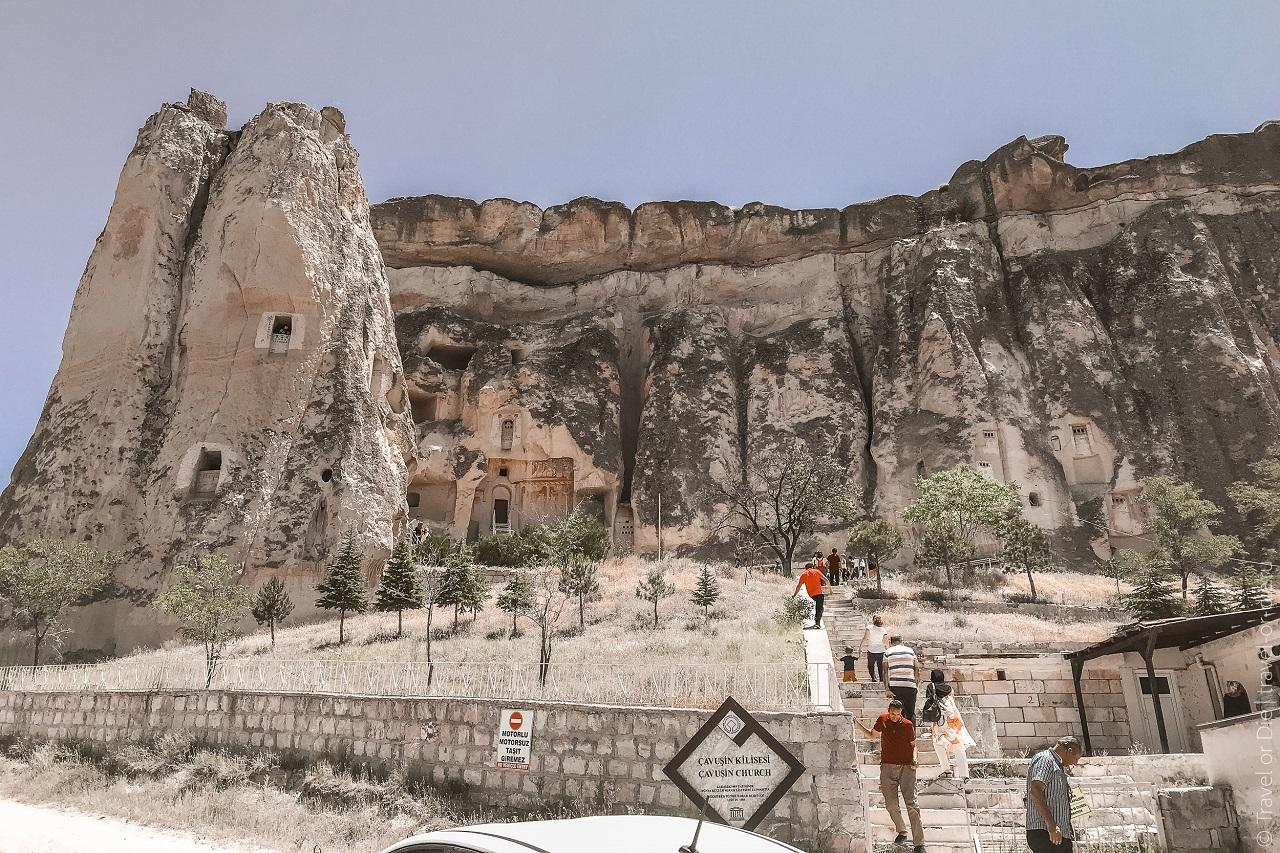 экскурсии в каппадокию из алании - скальная крепость чавушин