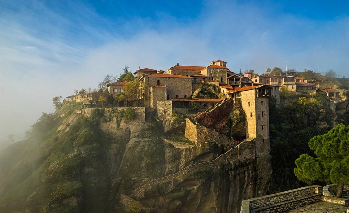 Что вы увидите во время экскурсии в метеоры - Преображенский монастырь