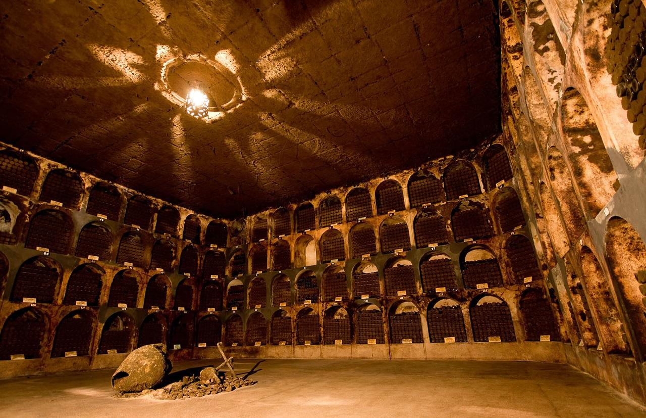 Экскурсии на винный завод Инкерман из Севастополя