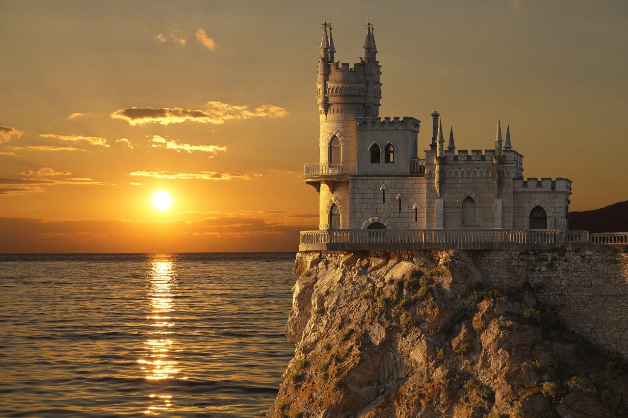 Экскурсии в Ласточкино гнездо в Крыму