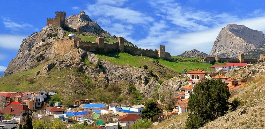 Экскурсии в Судаке с посещением Генуэзской крепости