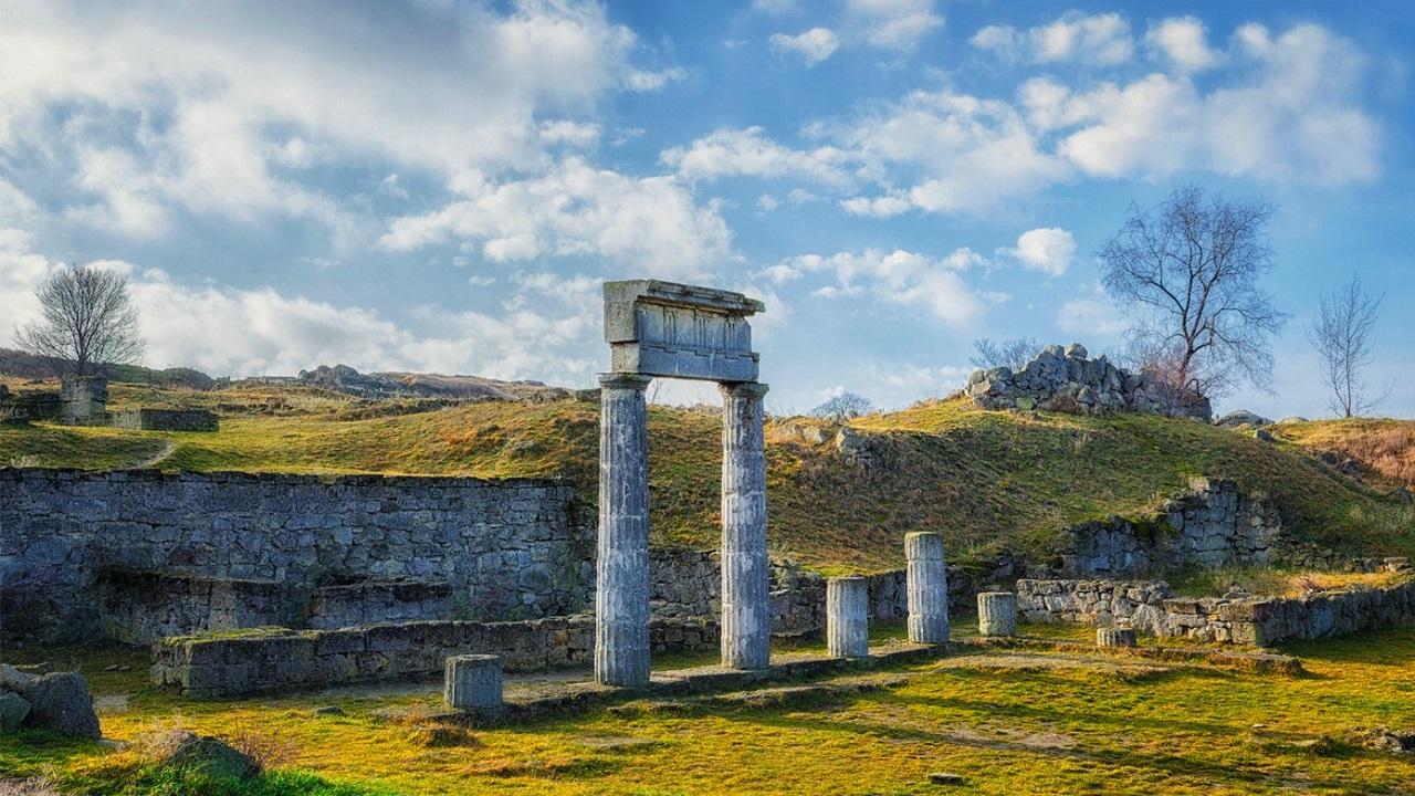 что вы увидите во время экскурсии на Крымский мост - Древнее городище Пантикапей